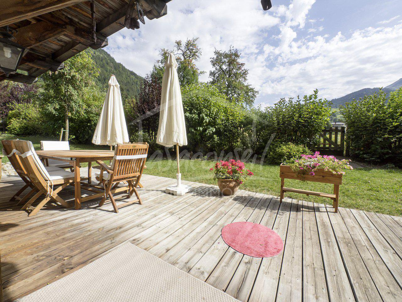 St Gervais Mt Blanc – Top quality apartment with garden close to the village