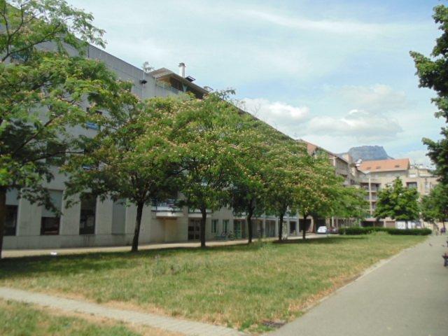 GRENOBLE, T3 avec Terrasse