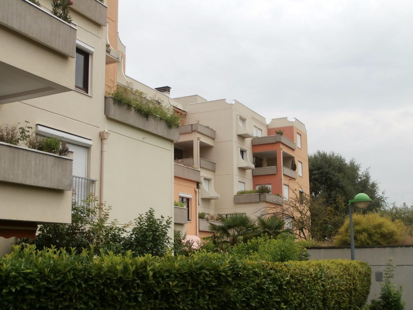 SEYSSINET PARISET, T1 Bis Meublé + terrasse