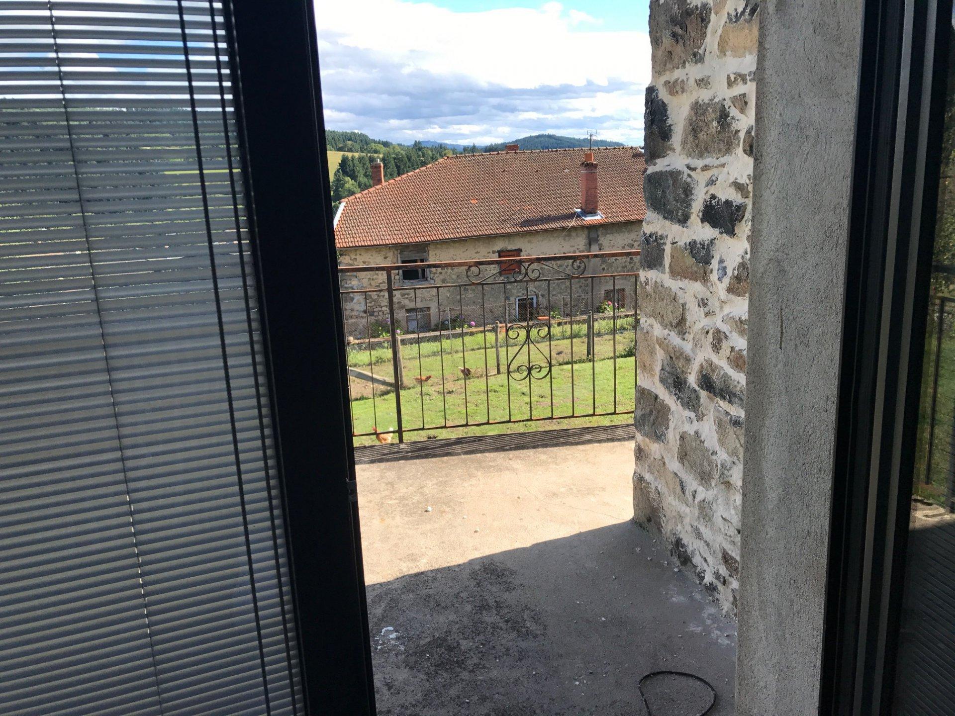 Alquiler Casa - Poule-les-Écharmeaux