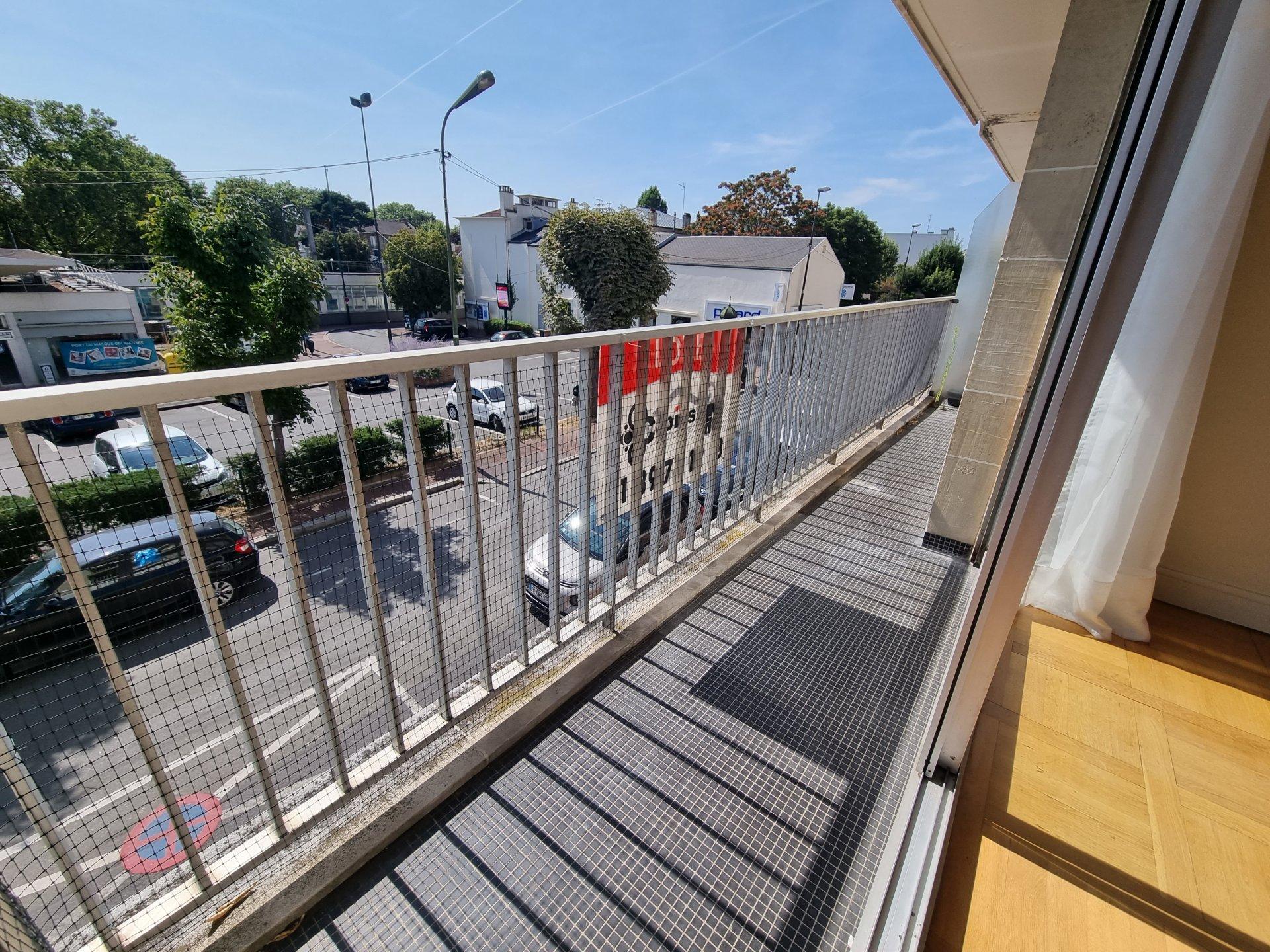 Grand 3P avec 2 balcons parking et cave