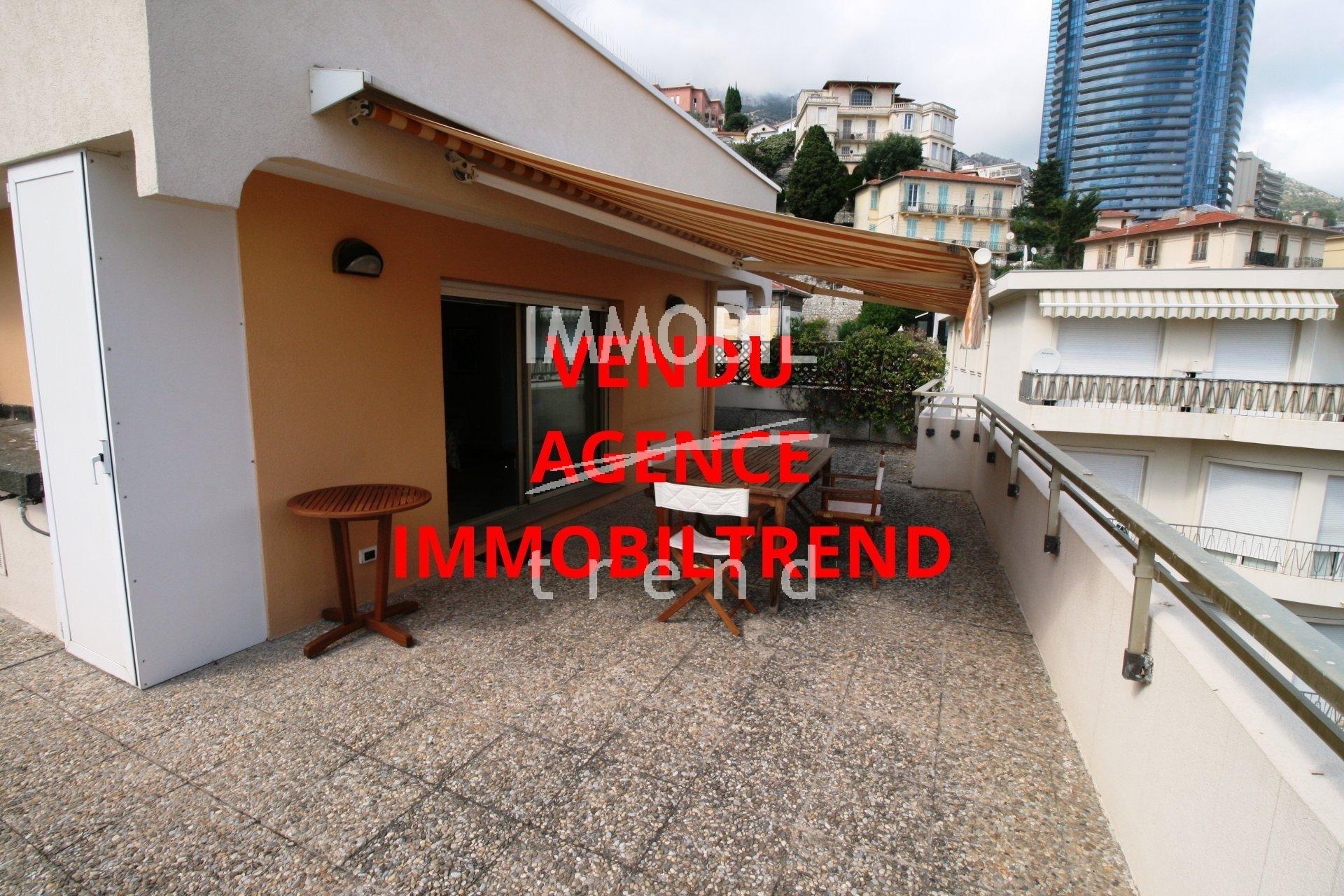 Immobilier Beausoleil à deux pas de Monaco, 2 pieces en dernier étage