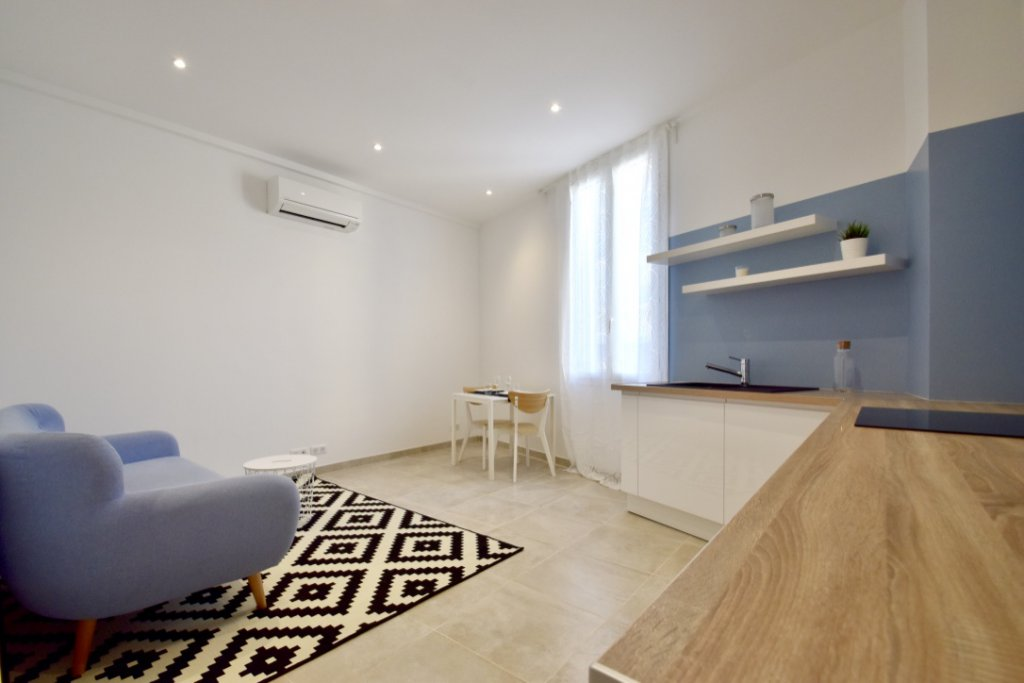 Nice Saint Roch - 1 Bedroom - 132 000 €