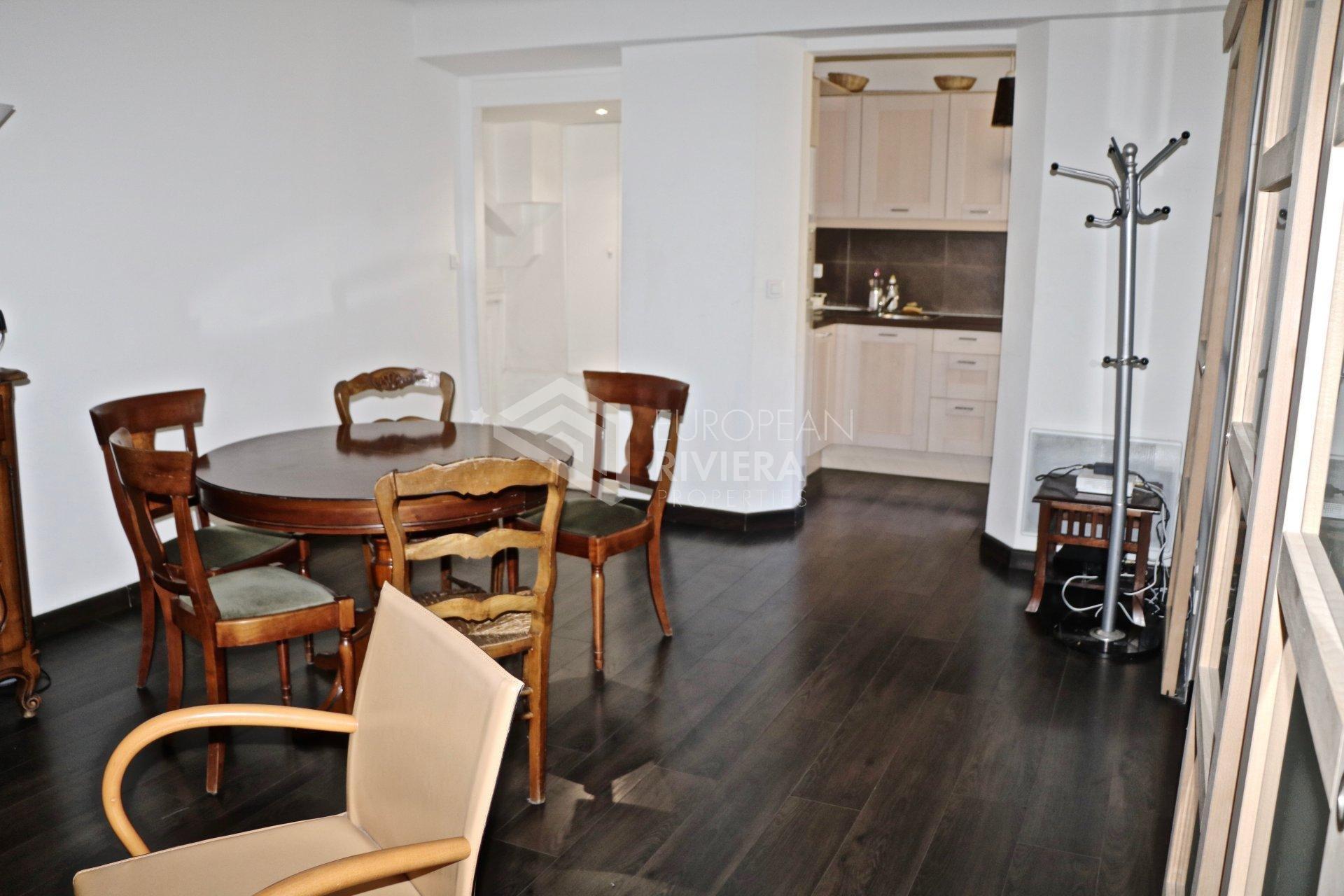 Affitto Appartamento - Nizza (Nice) Place Masséna