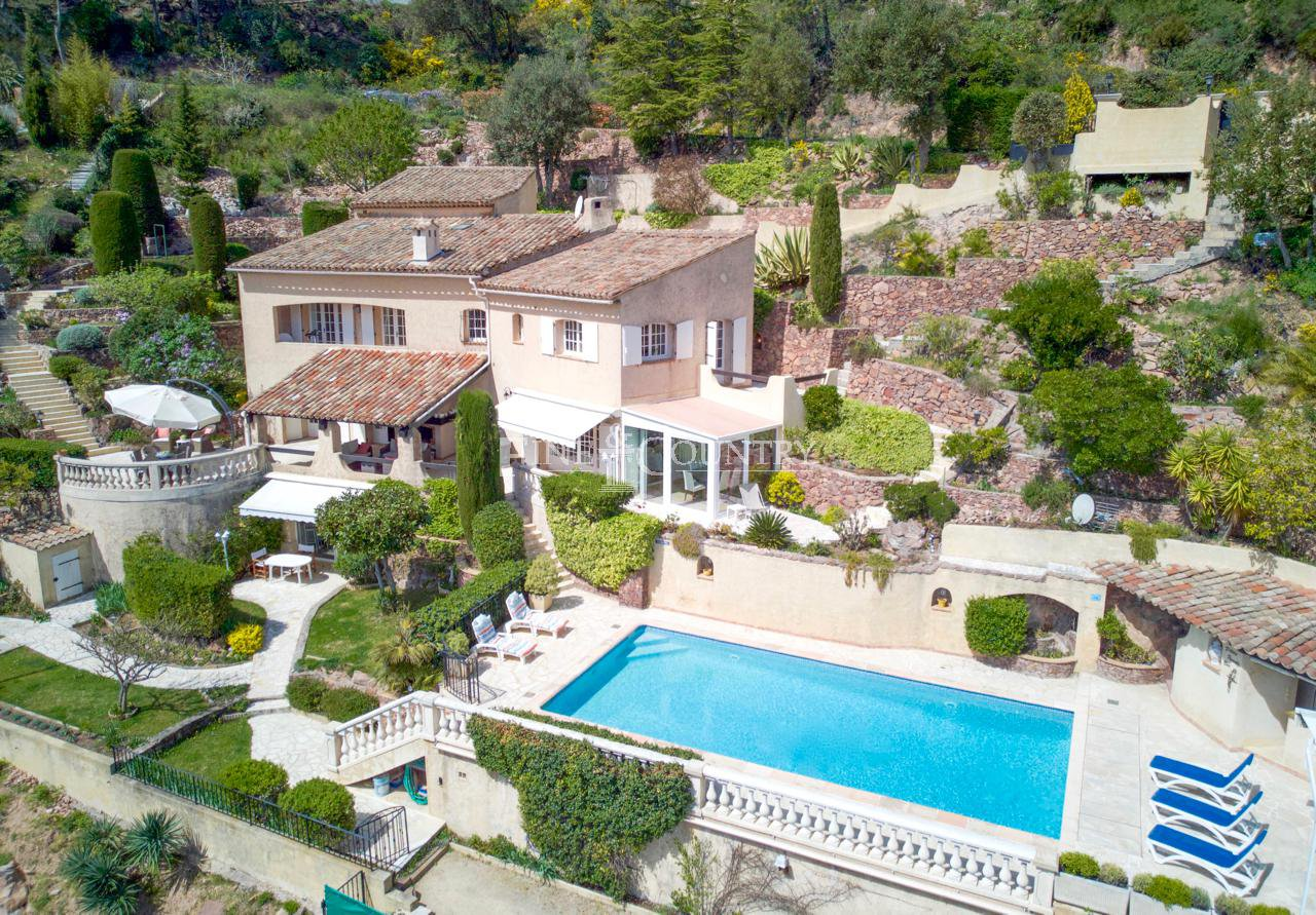Villa with panoramic views for sale in Mandelieu, Cote d'Azur, France