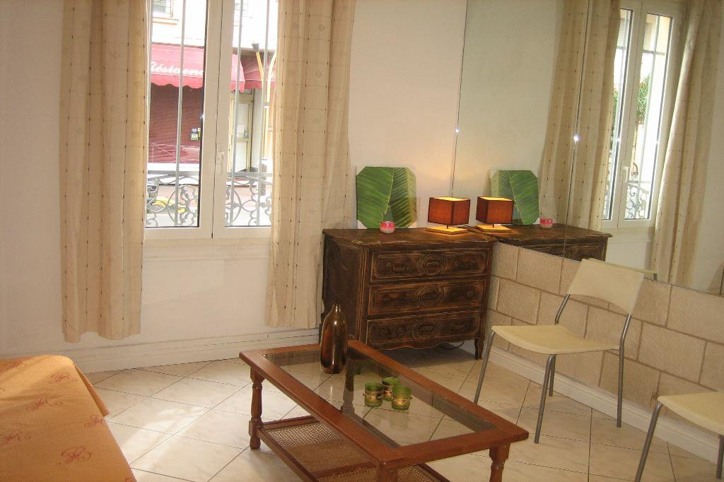 juan les pins, 3/4pieces meublé avec jardin