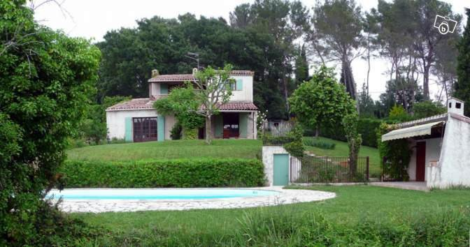 OPIO, villa à louer meublée, piscine, au calme