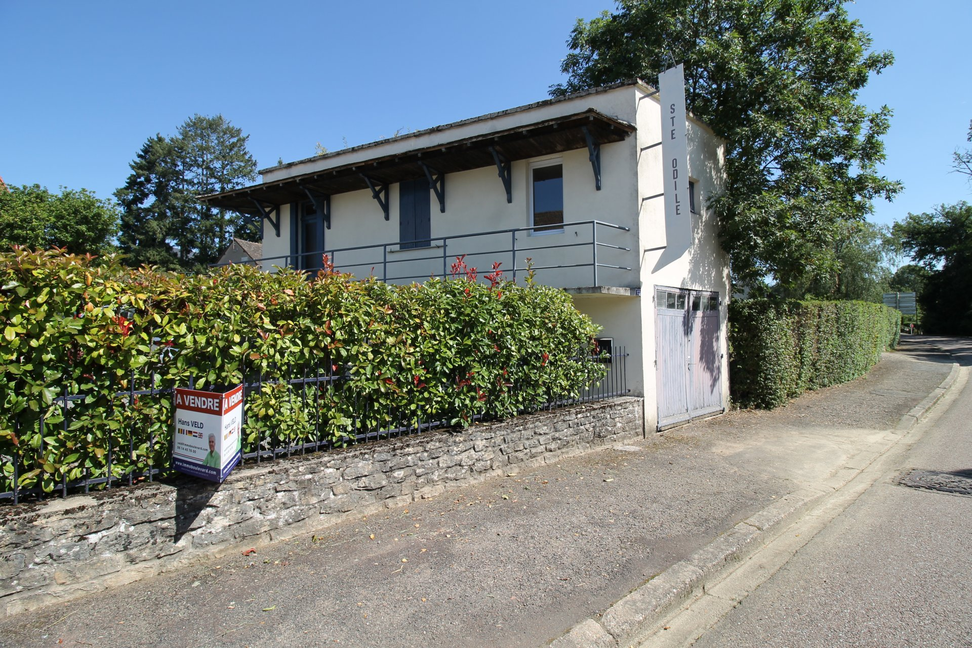 Gruppen B&B mit Haus und Studio zum Verkauf in Burgund