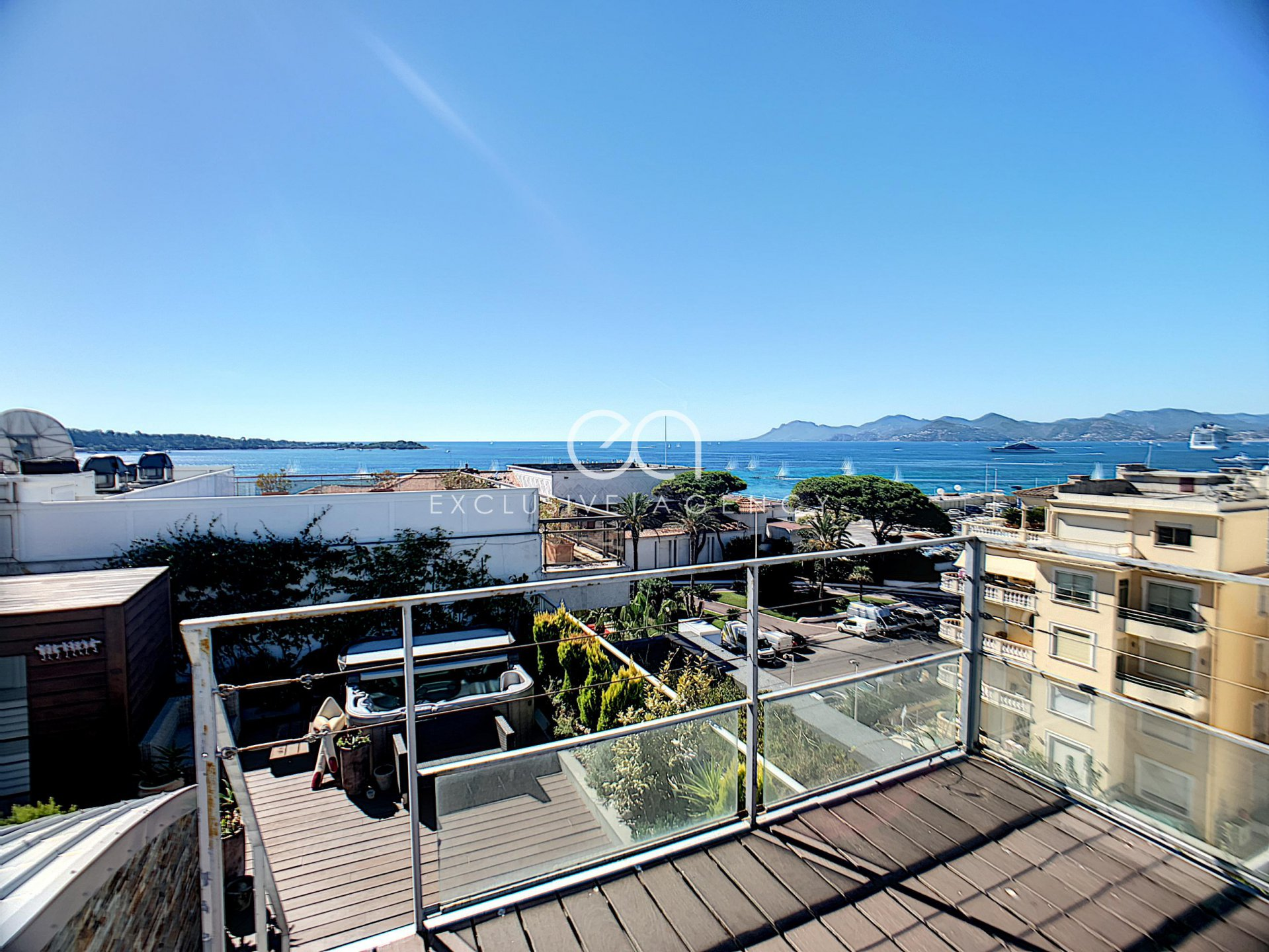 FOR SALE PENTHOUSE CANNES PALM BEACH SEA VIEW 360 °