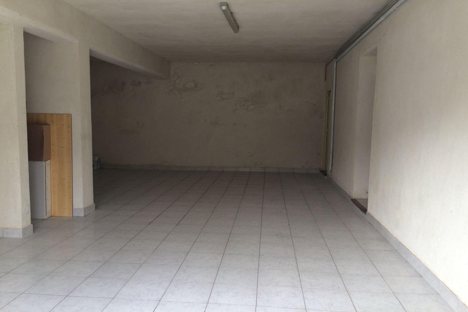 STUDIO AVEC GARAGE SAINT REMY
