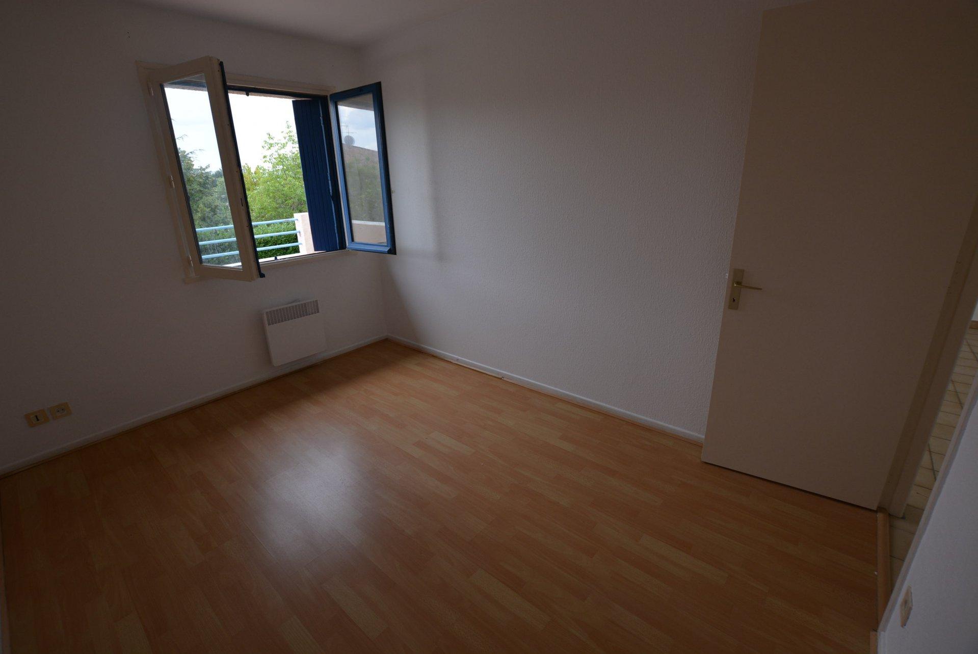 Rental Apartment - Muret