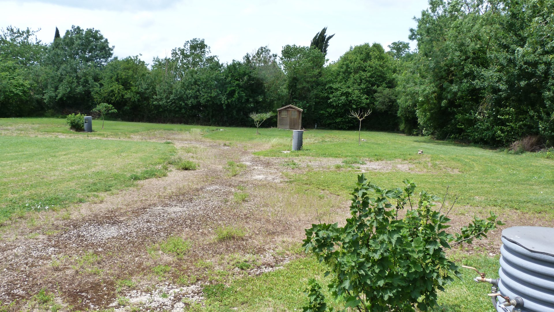 Building plot in a hamlet