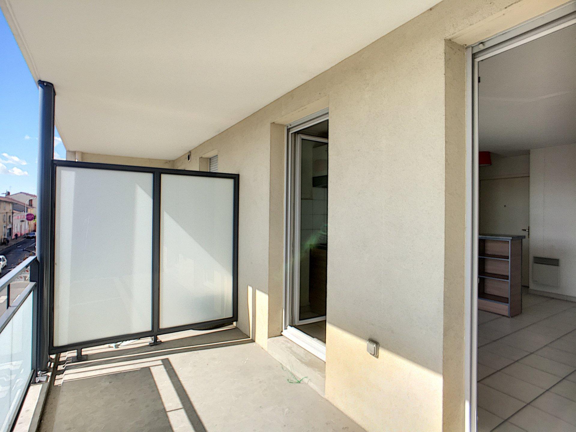 T2 - Balcon - Garage - Piscine
