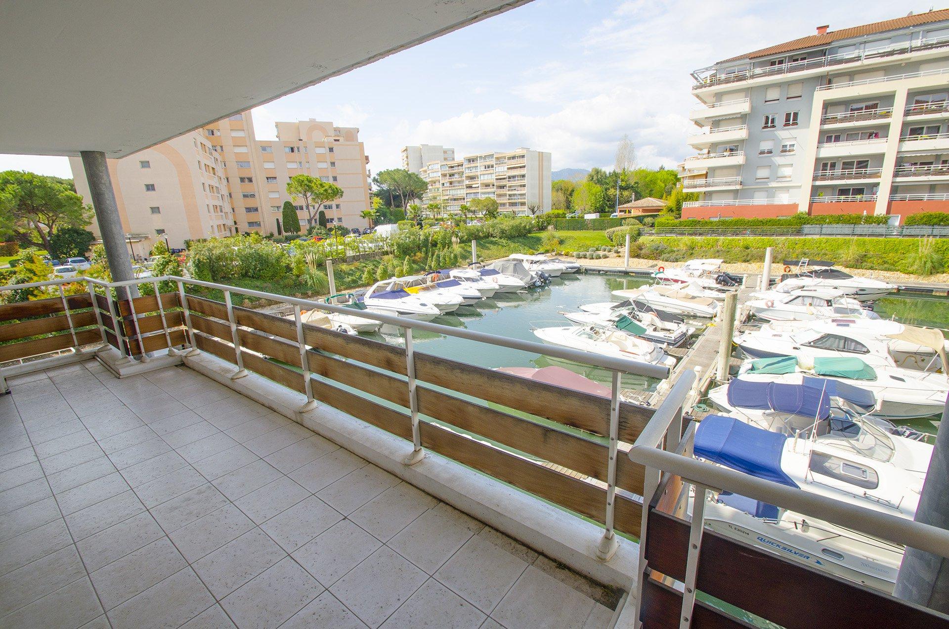Appartement à  Marina Parc - Mandelieu