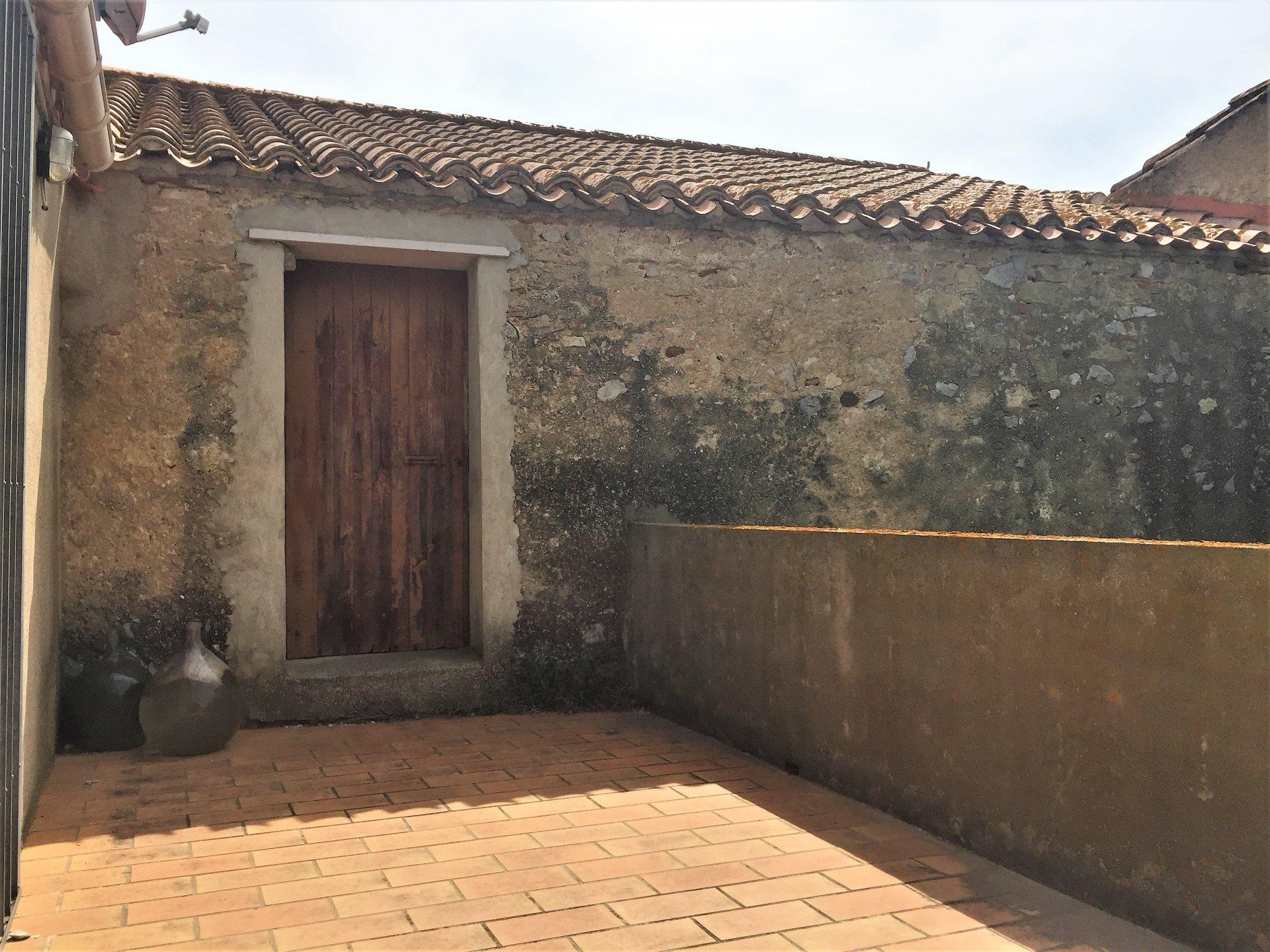 Maison ancienne avec grange attenante et jardin