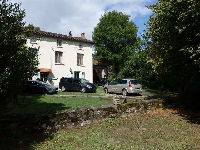 Exceptional 3/4 Bed Country Home near Saint Bonnet de Bellac, 87.