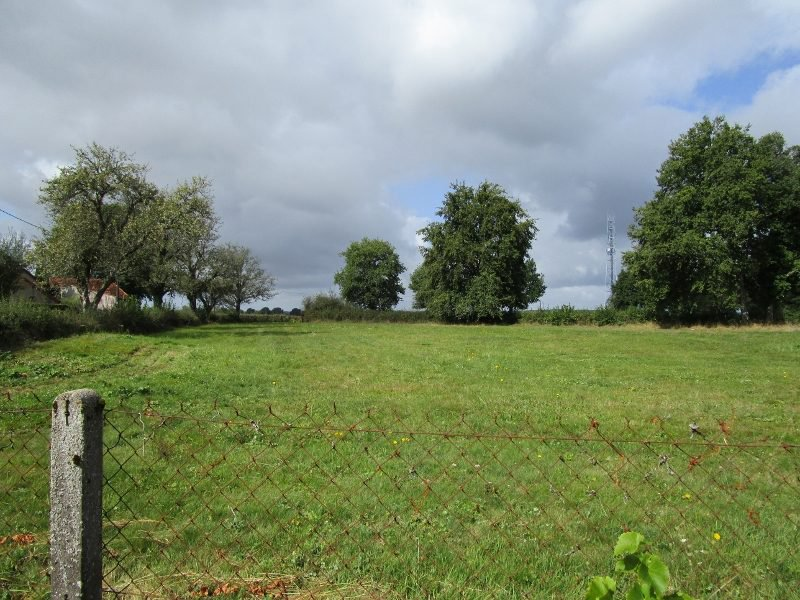 zu verkaufen Burgund  Haus mit Land