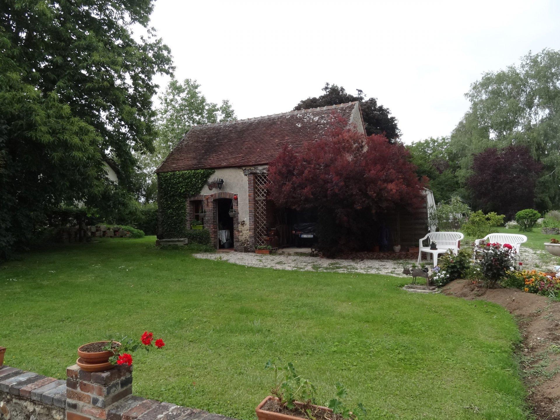 Sale Farmhouse - Villeneuve Sur Yonne