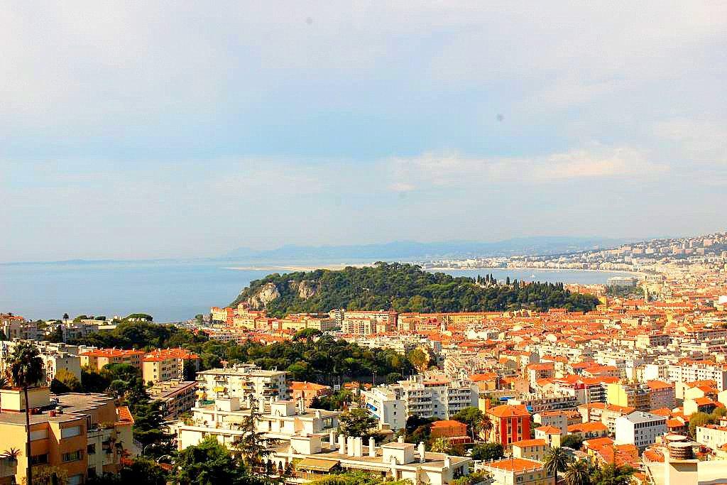 Mont Boron 3p vue mer et chateau