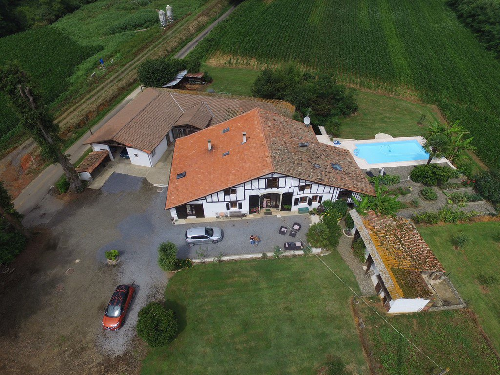 Near POUILLON - Attractive large country house, currentlly run as a superior bed and breakfast.