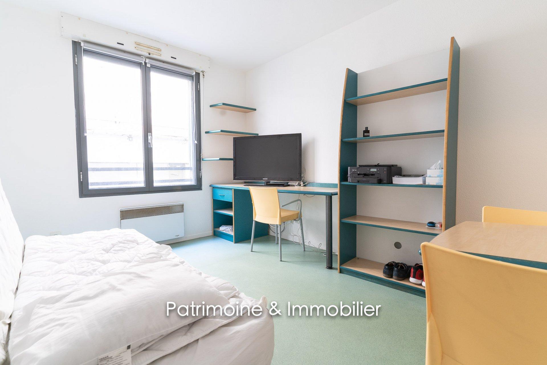 Proximité Place Bellecour - Studio 20 m2 - 500 euros CC