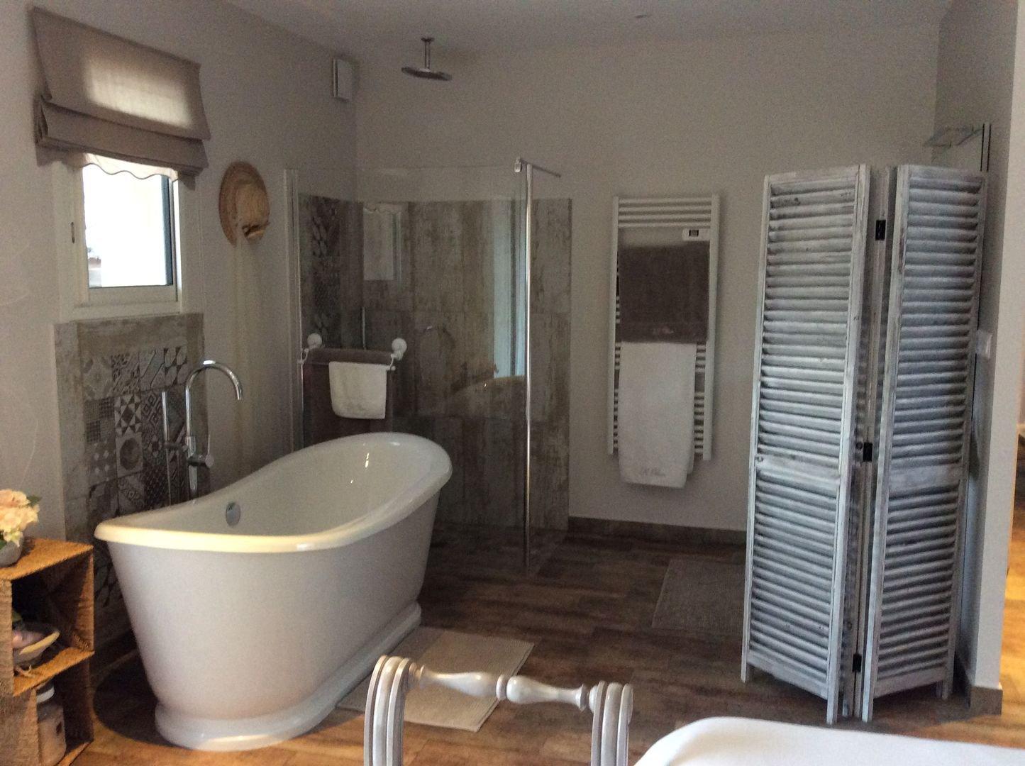 Maison 4 chambres, piscine + 100m2 à aménager