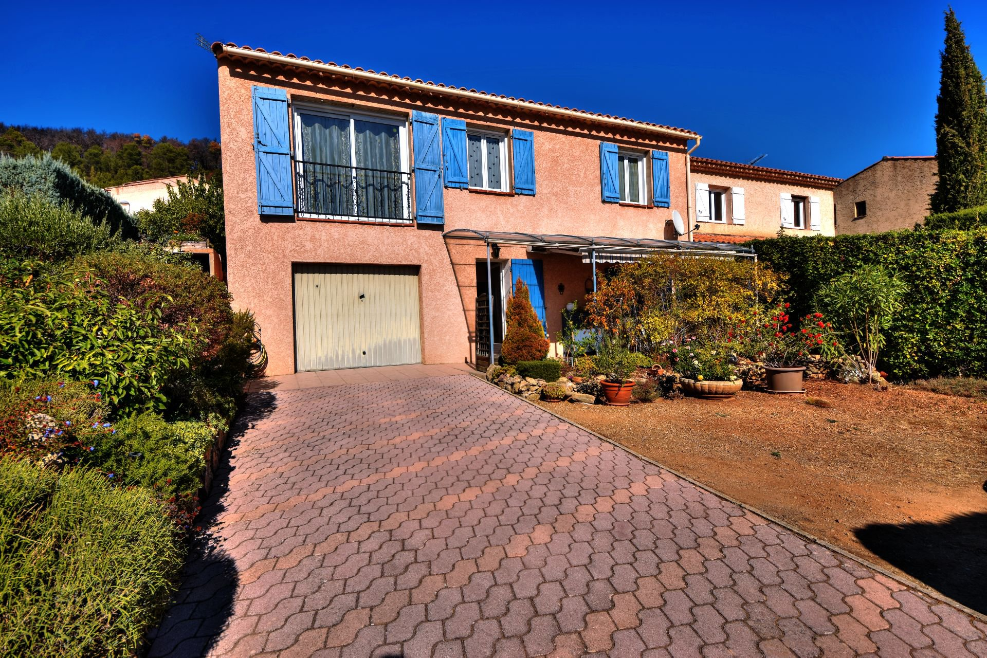 Montfort sur Argens, pretty house composed of 2 appartements, garden and terrace!