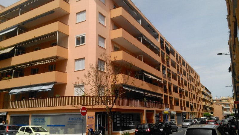 Affitto Garage - Vallauris
