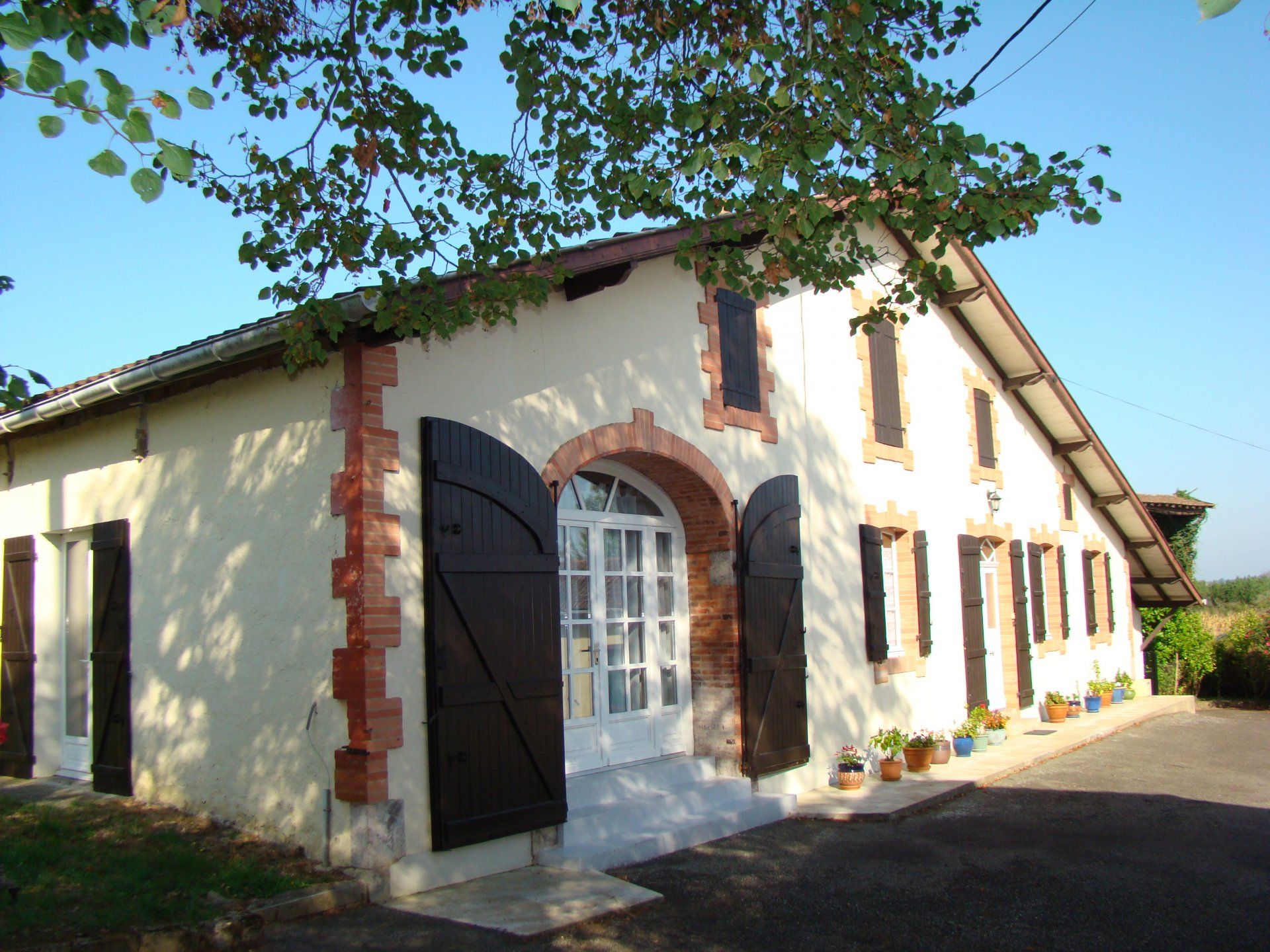 POMAREZ - Charming landaise farmhouse,set in almost 3 hectares of land,perfect for equestrian projec