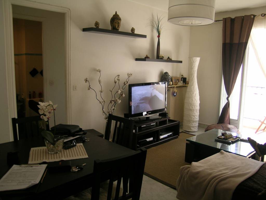 Old Antibes, studio of 34 m² with balcony and cave