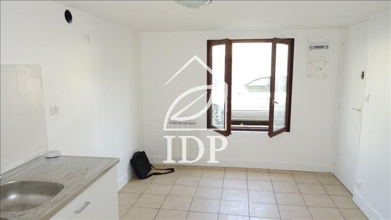 Appartement 1pièces - Corbeil-Essonnes