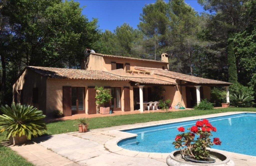 achat vente villa mougins domaine  tres residentiel