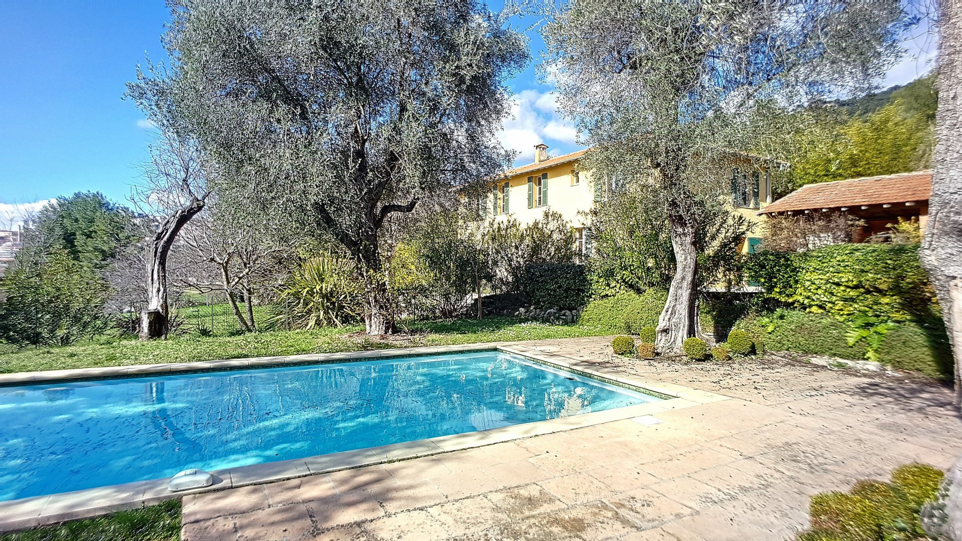 Charming authentic Bastide near Valbonne