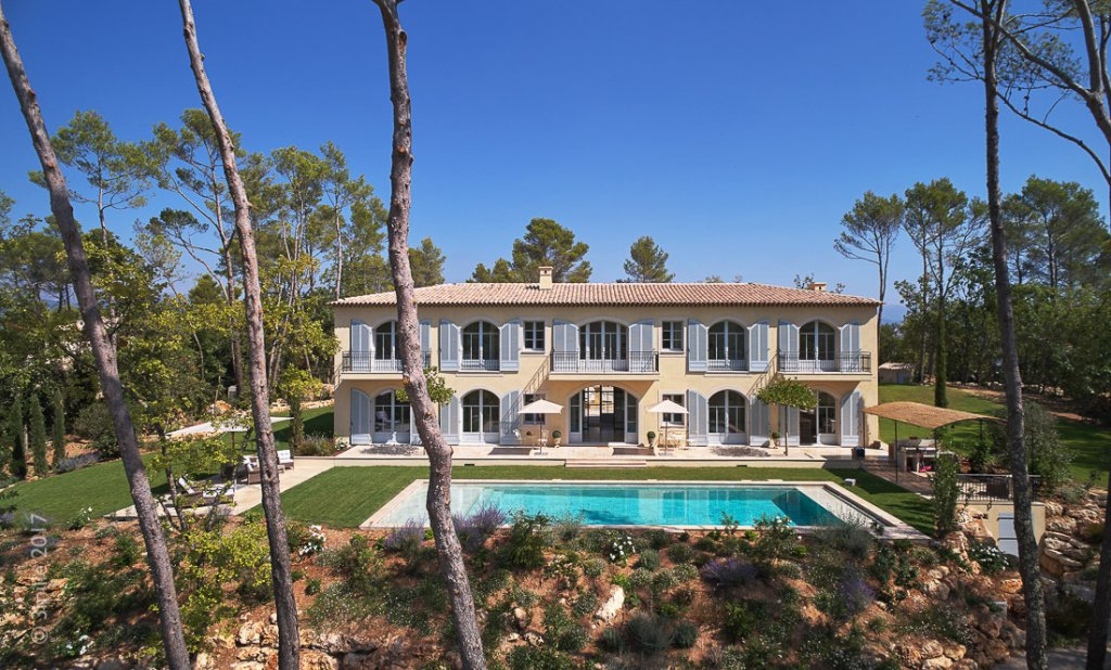 Cannes Countryside -  Estate with private tennis and Helicopter access