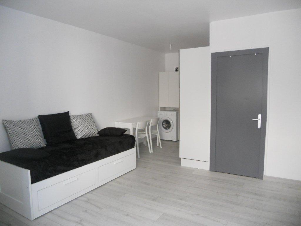 Studio Thouars - refait à neuf - 25 m² (env.)
