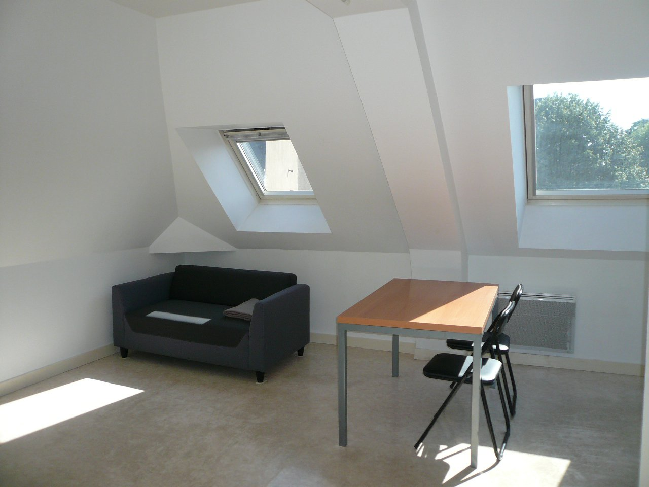 Appartement Thouars Centre Ville - 2 Pièce(s) - 33 m² (env.)