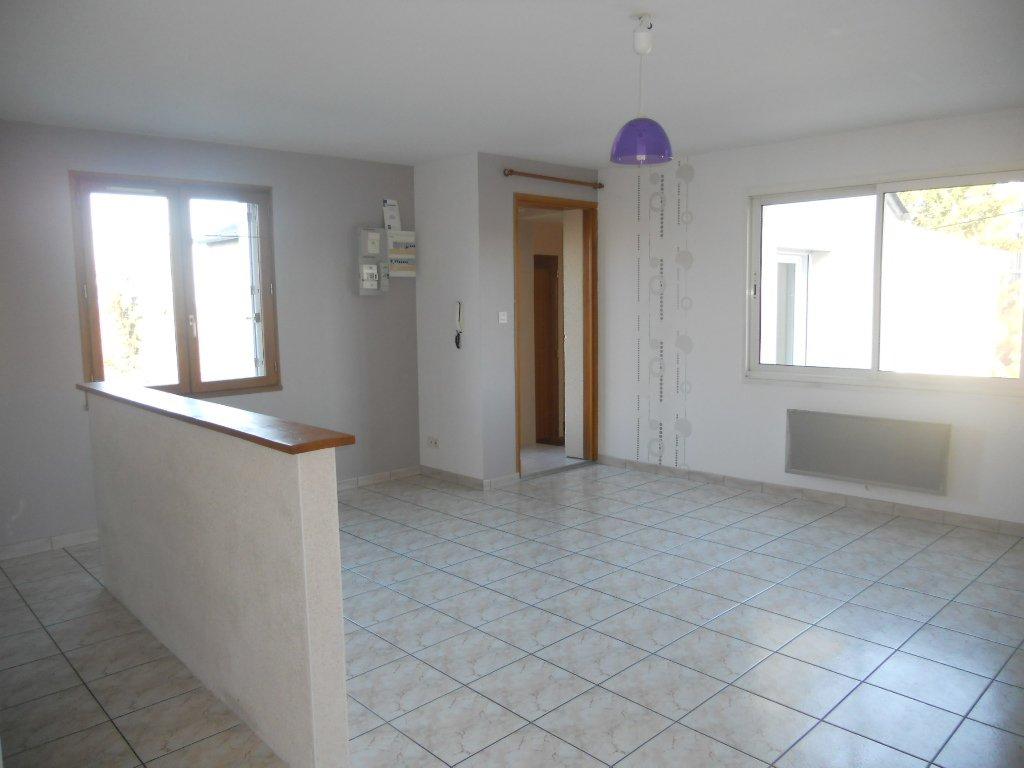 Appartement Thouars - 4 Pièce(s) - 77.7 M2 (env.)