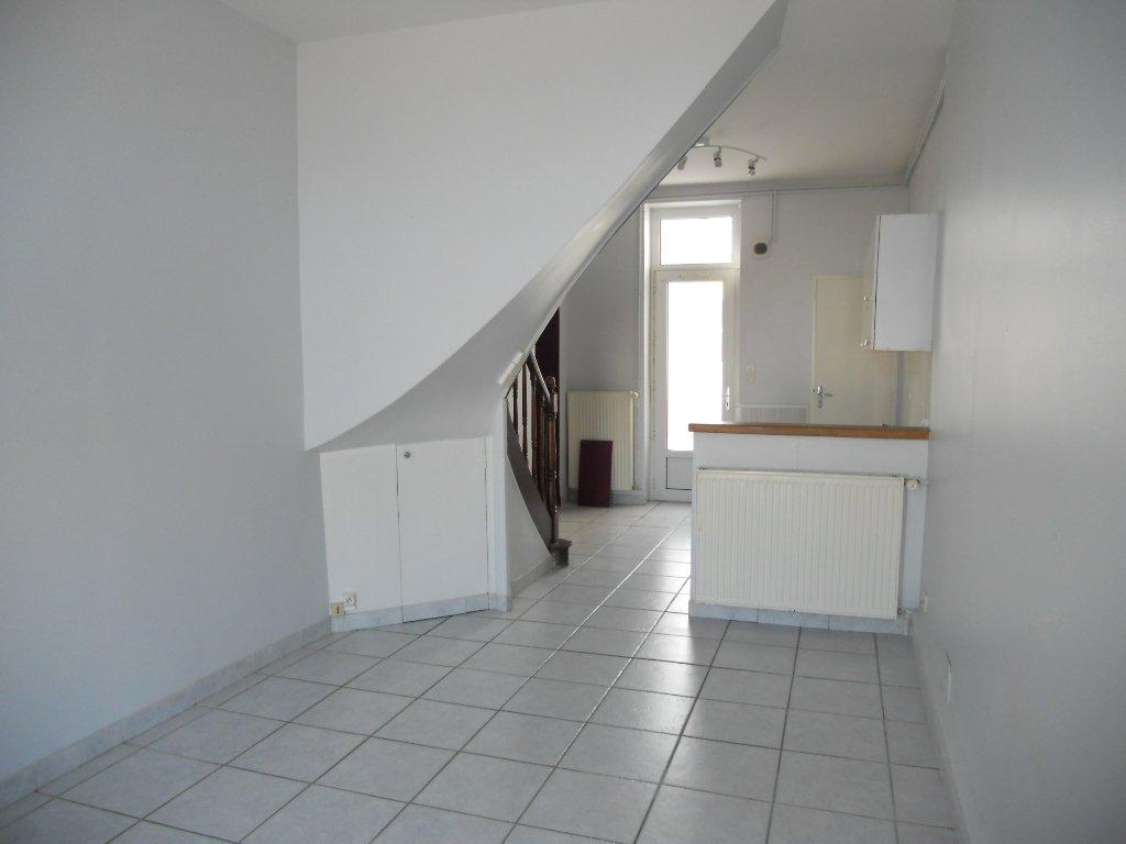 Maison Thouars - 3 Pièces - 50 m² (env.)