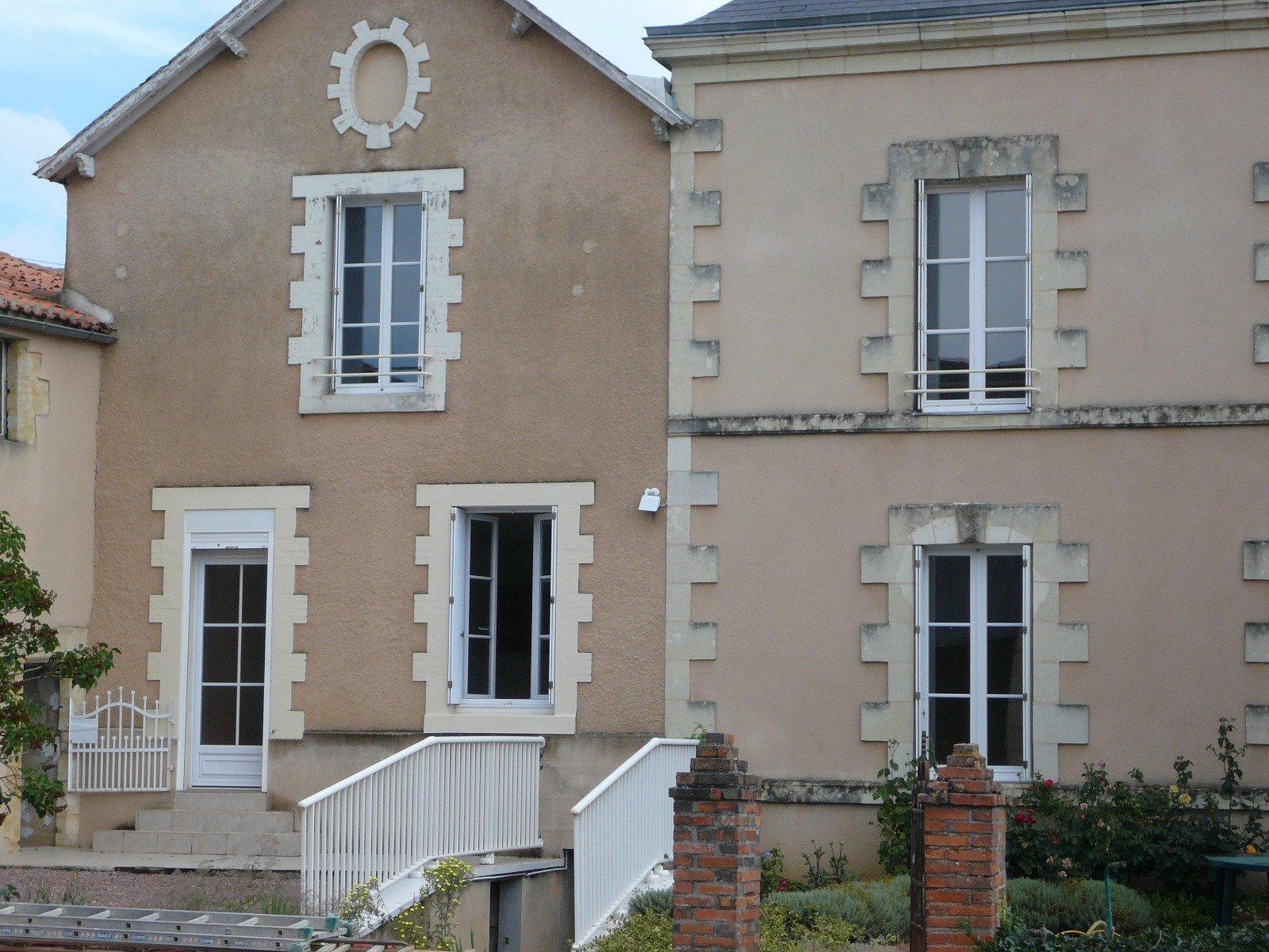 Maison Saint-jacques-de-thouars - 3 Pièce(s) - 96 m² (env)