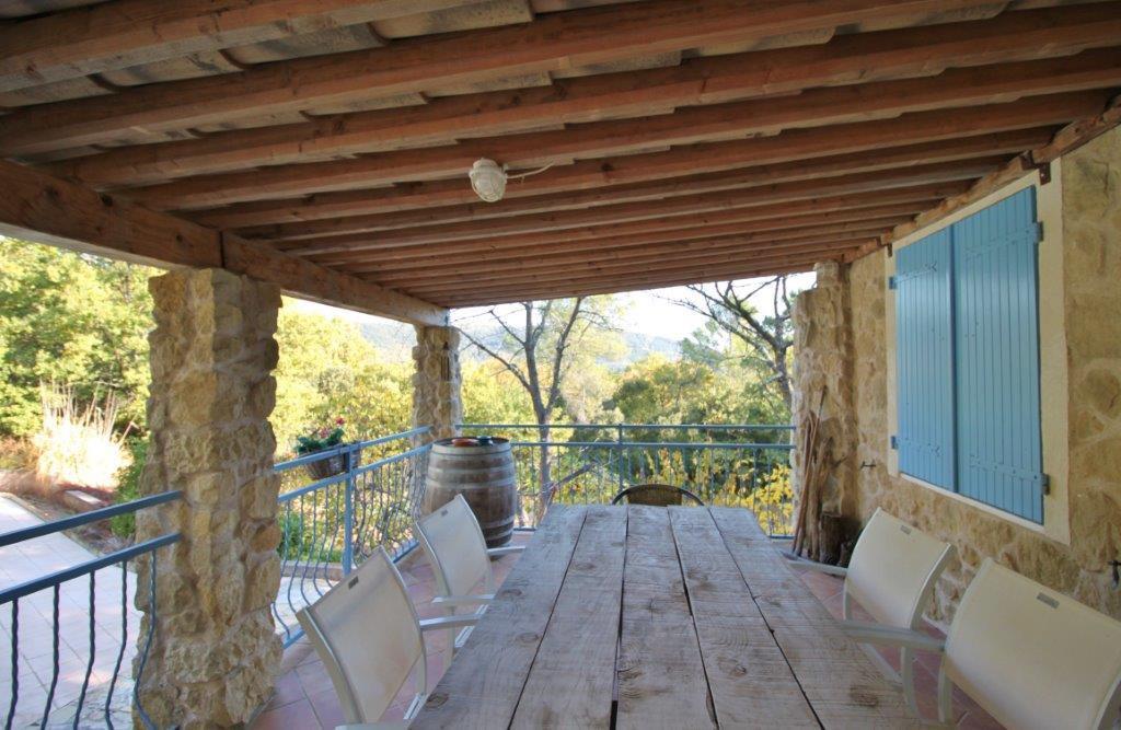 Four bedroom villa in a calm natural environnement