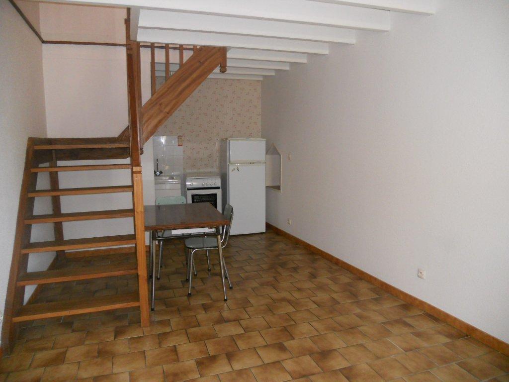 Appartement Thouars - 2 pièces - 36 m² (env.)