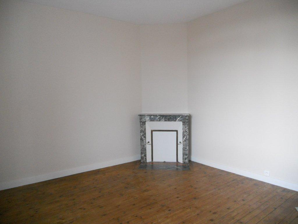 Maison Thouars 3 pièce(s) 75 m2 (env.)