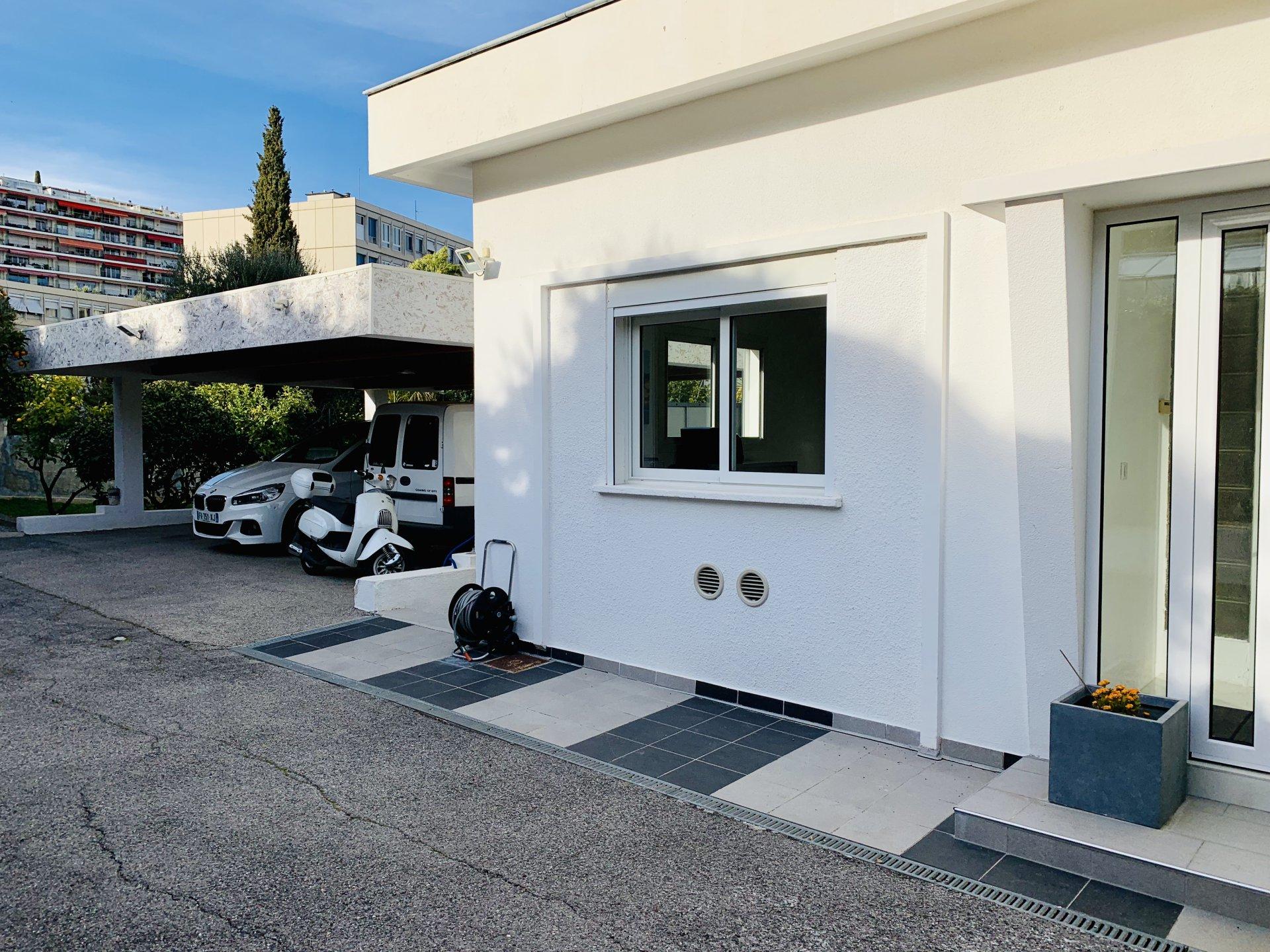Villa d'architecte - Hauteurs Nice (06200) - Vue mer