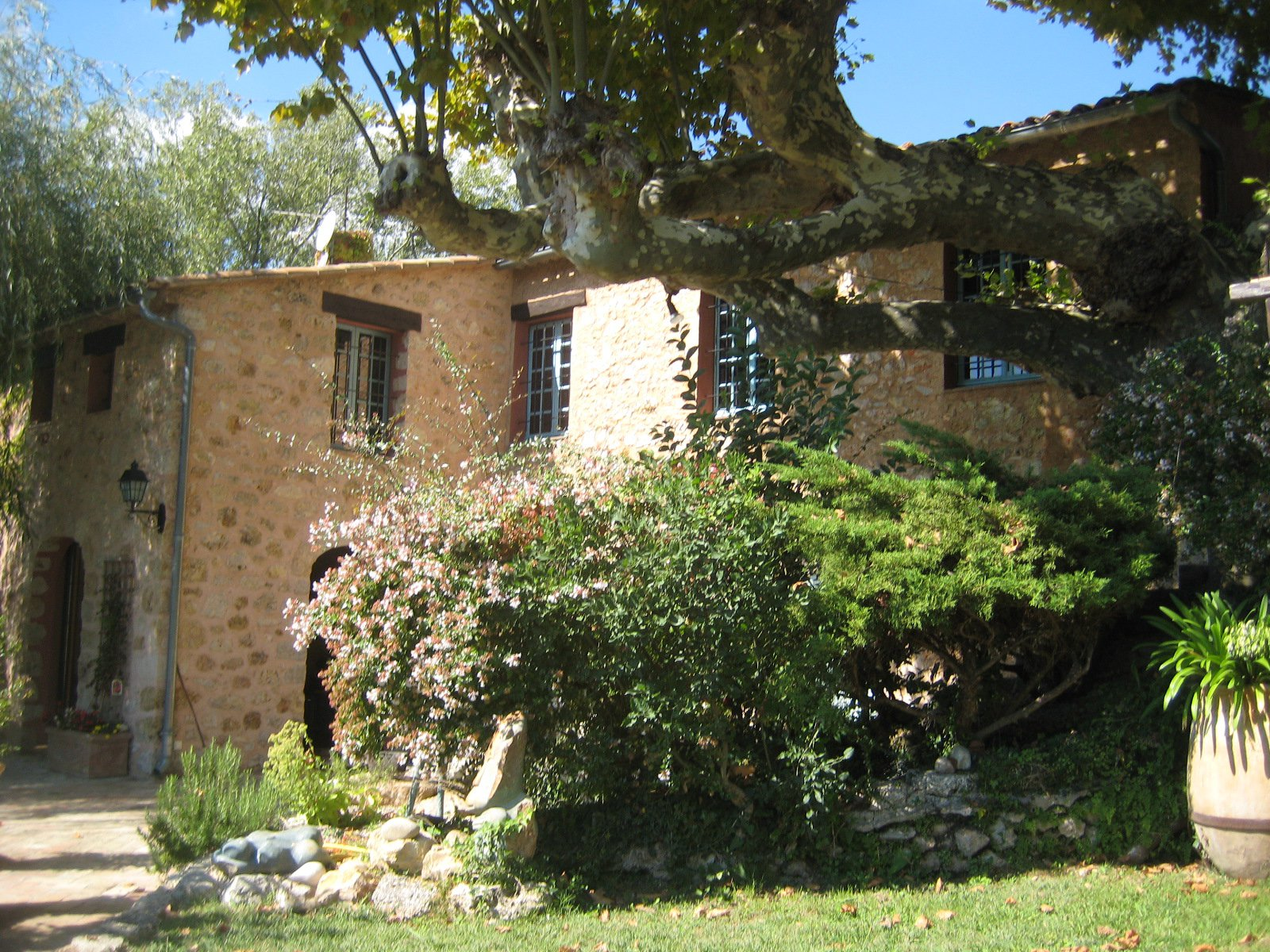 Buy Property Salernes Provence