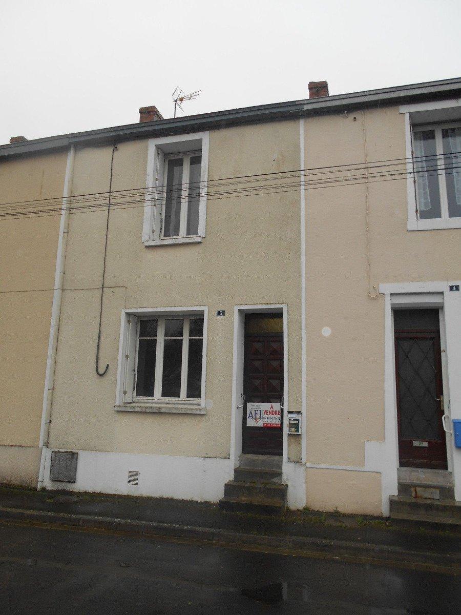 Maison proche centre ville Thouars