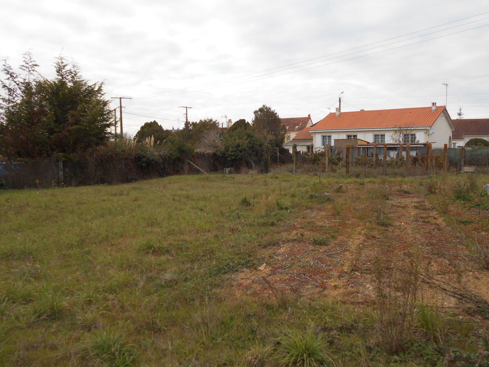 Ravissant terrain proche Thouars