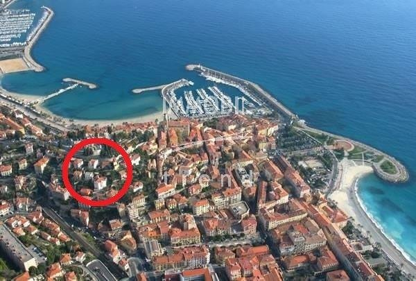 Menton  SOLE AGENT 3 rooms on the ground floor for Sale
