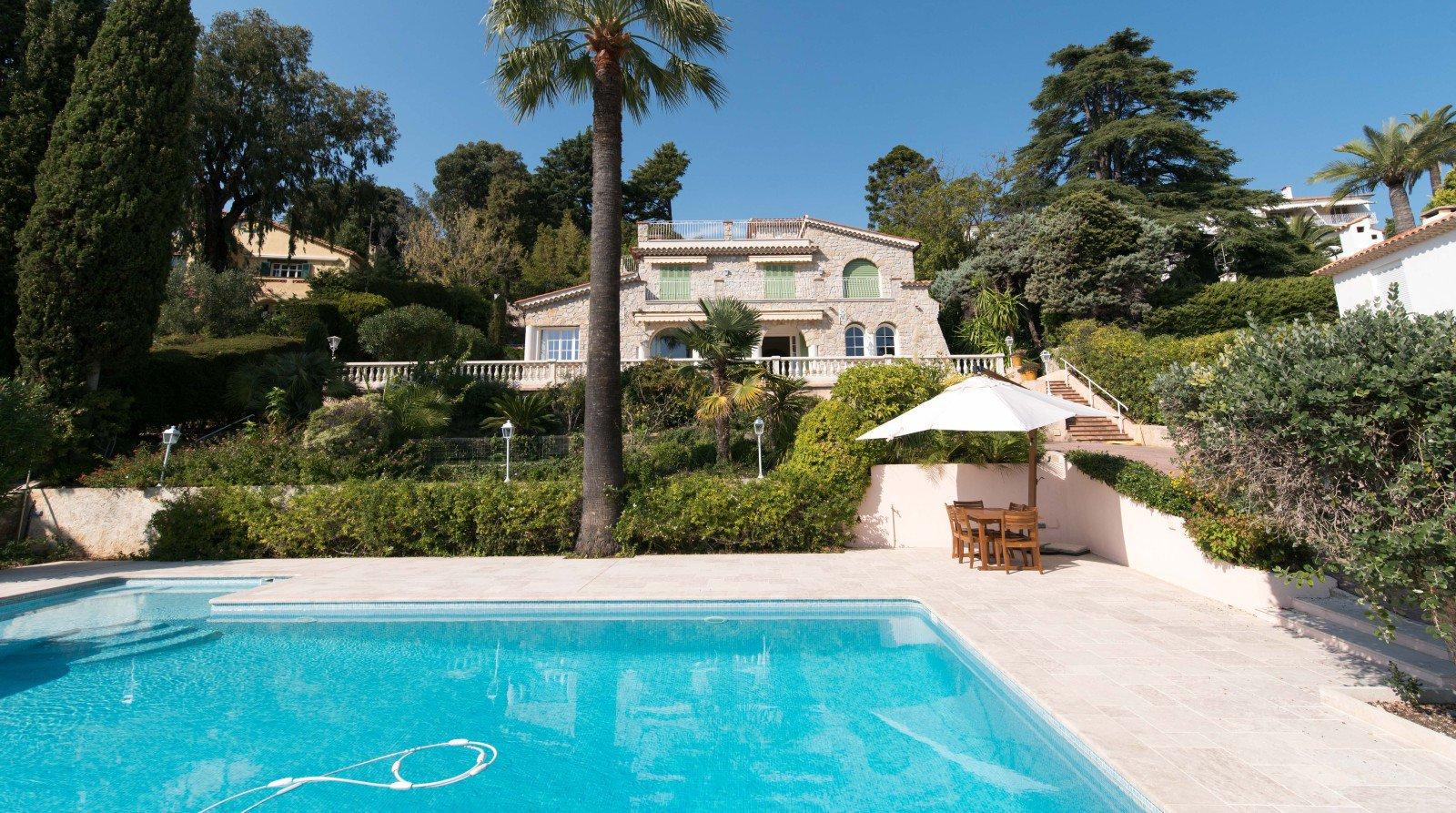 Magnifique maison en pierres pres de la mer à Cannes