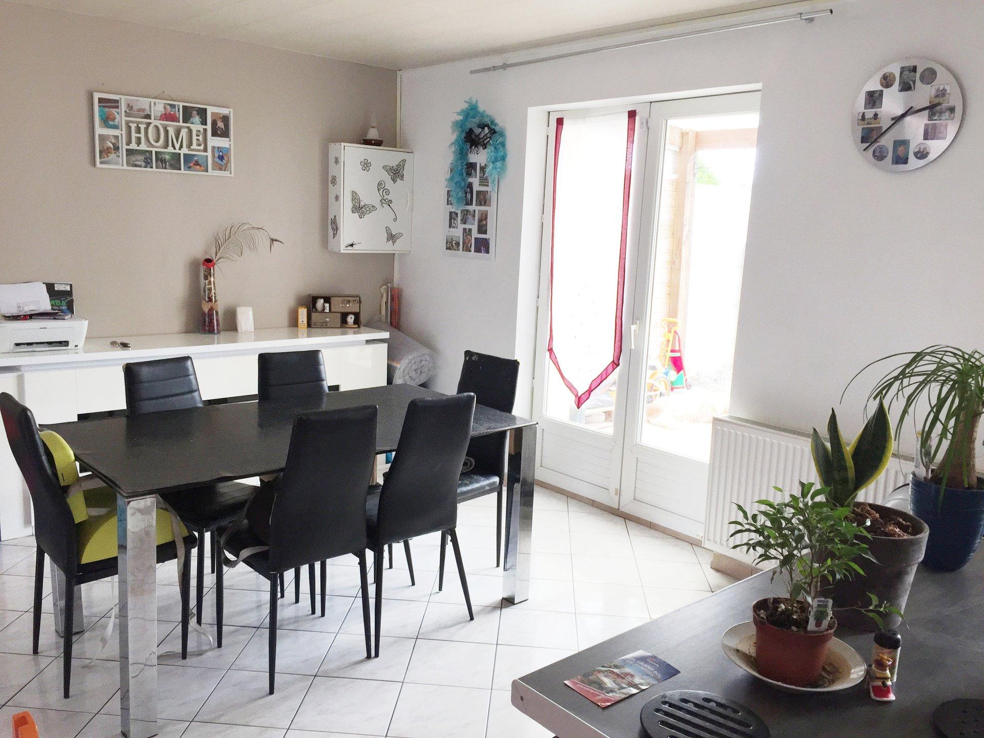 BERLAIMONT : Belle maison semi individuelle