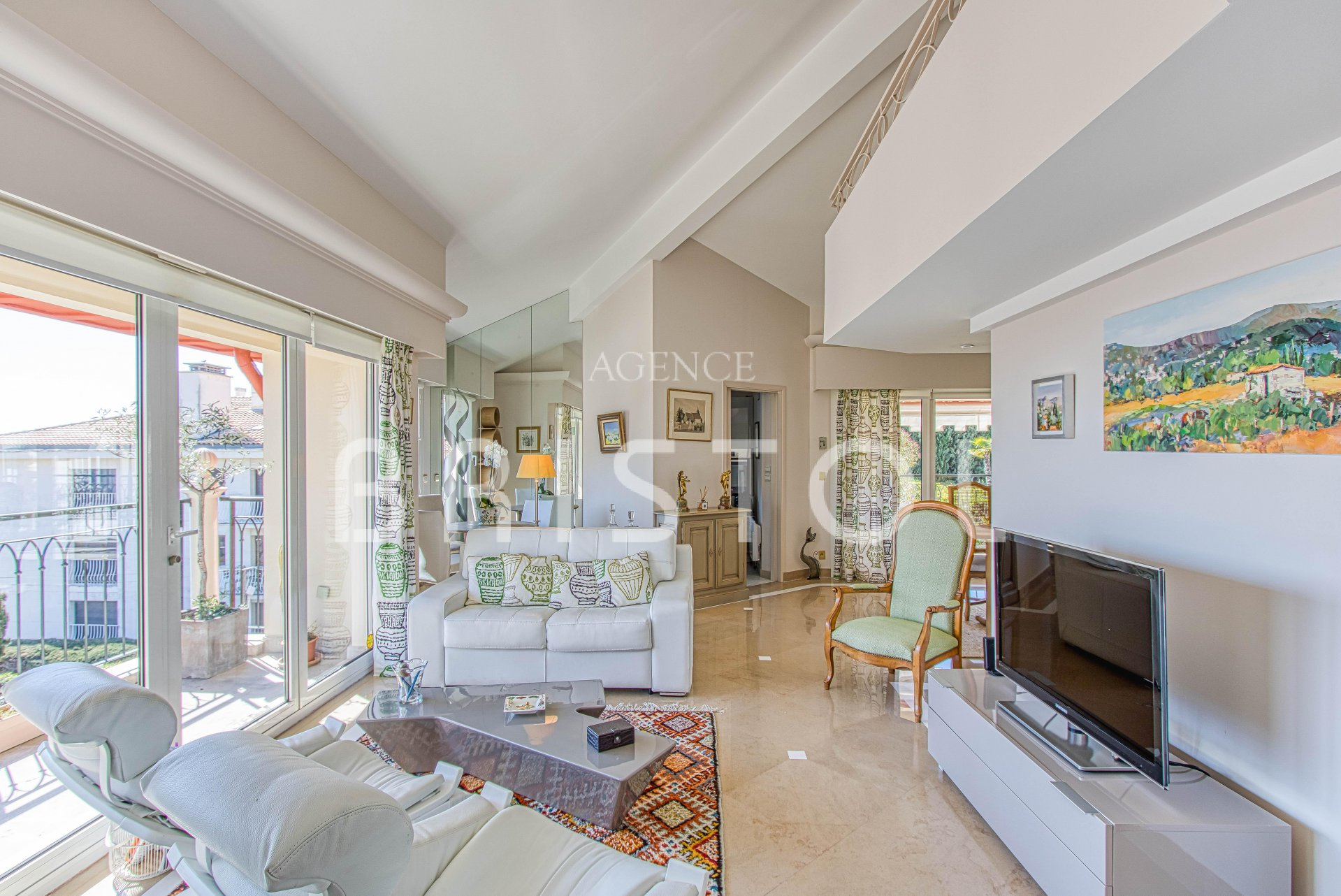 Apartment for sale in Saint Jean cap Ferrat -top floor-sea view